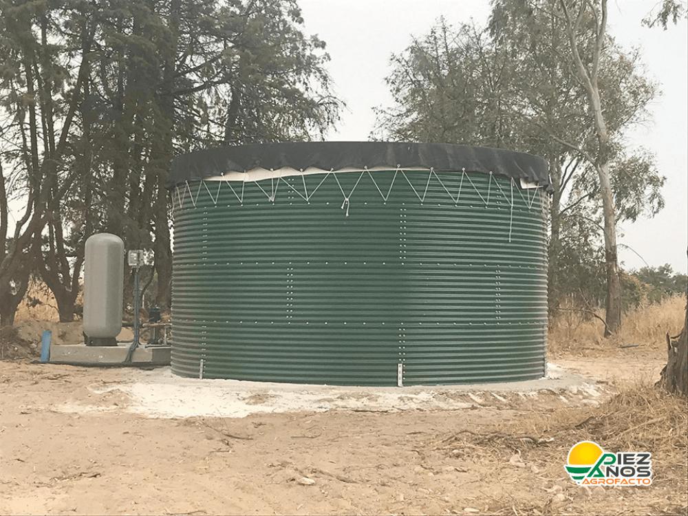 estanque para almacenamiento de agua